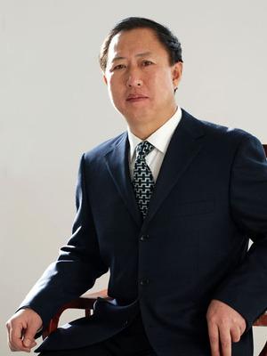 姓 名: 张雨田  职 位: 院党总支书记  职 称: 主任医师